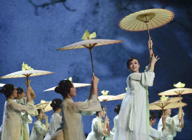 """镜观中国丨点亮""""世遗""""之光 守护华夏之魂"""
