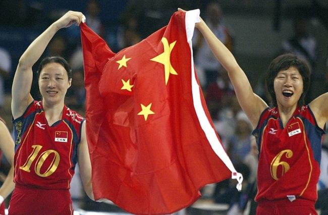 """1984—2020 关于""""中国红""""的奥运记忆……"""