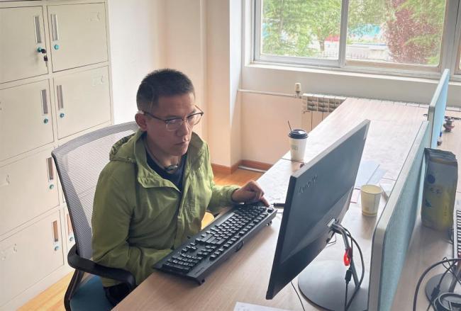 """数说宝""""藏""""·70年巨变丨全方位社会保障,西藏社会保险覆盖率达100%"""