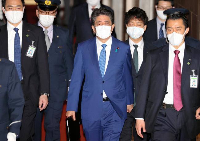 """日本""""赏樱会""""风波再起东京检方将对安倍重启调查"""