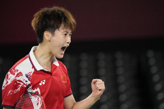 中国第24金!陈雨菲奥运会羽毛球女子单打夺冠