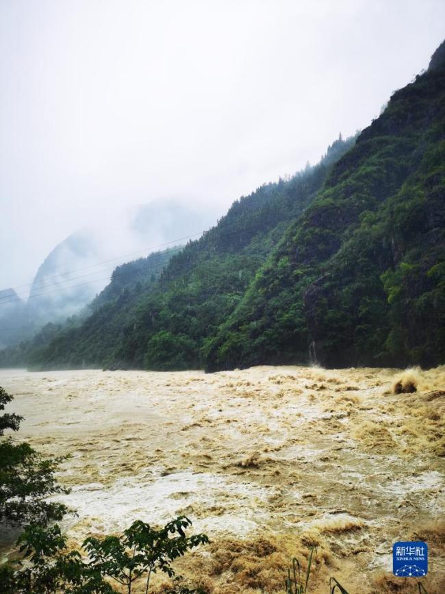重庆6个区县遭遇大暴雨