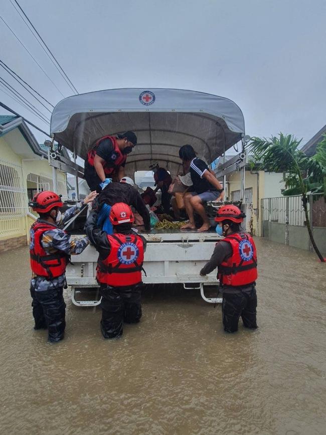 """台风""""康森""""致菲律宾19人死亡"""