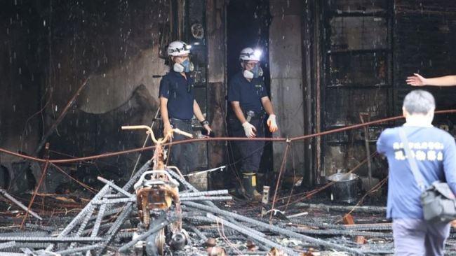 """台湾高雄""""城中城""""大楼火灾已扑灭,已致46死"""