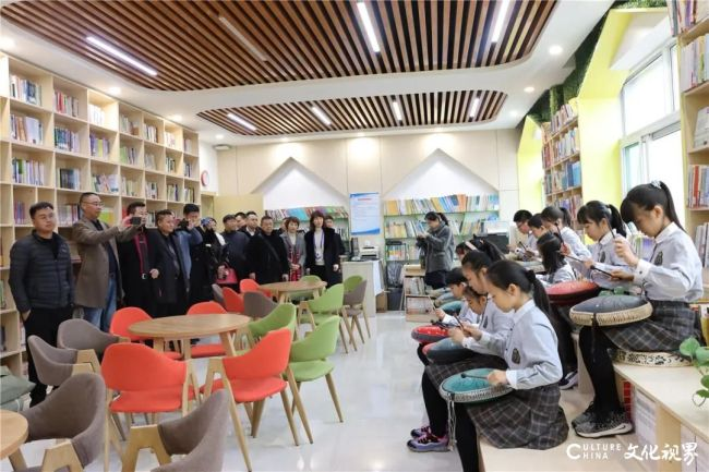 云南鲁甸县教体局局长纳才相一行到访山东师大基础教育集团,共同探讨合作新契机