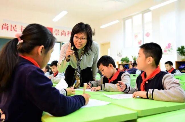 教学能手、科研达人——走近新科山东省特级教师:山师附小于飞、朱立金