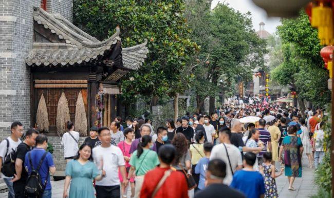 枣庄18家重点监测景区端午期间接待游客36.2万人次,实现旅游综合收入819.5万元