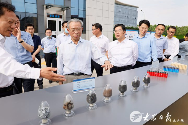 刘家义深入枣庄农村、企业、产业园、政法单位调研并召开座谈会
