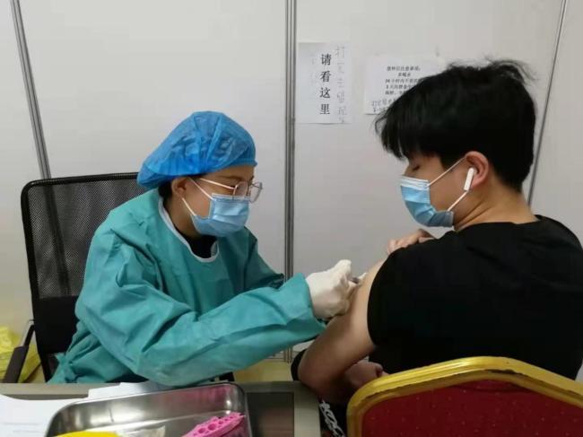 7月18日之前,济南市18岁以上人群新冠疫苗接种率将达90%以上