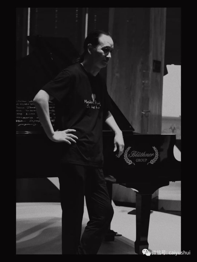 """全球首家艺术钢琴馆在青岛开幕,开启了蔡玉水等40余位著名艺术家的""""艺术钢琴之旅"""""""