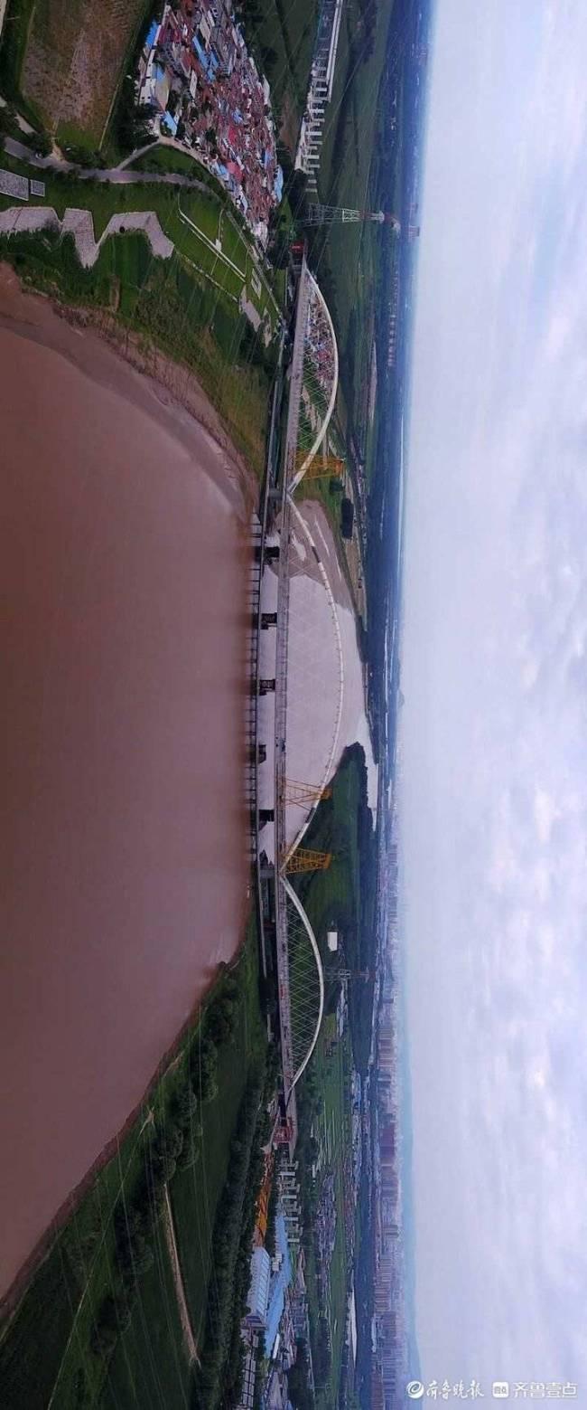 """齐鲁黄河大桥200根吊索安装完毕,""""黄河第一拱""""壮观又美丽"""