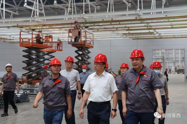 青岛市委常委、副市长薛庆国到莱西调研重点项目建设、走访慰问部分老党员
