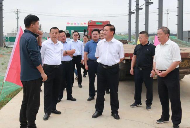 王广部带队督导枣庄高新区重点项目建设推进情况,强调要把项目建设放在帮包工作的首要位置