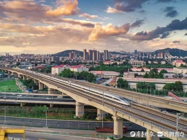 济南市国庆期间累计发送旅客160余万人次,整体运输平稳有序