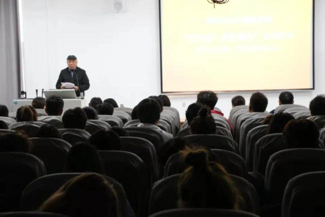 """为学生提供更好的成长平台,山艺城市艺术与创意学院着力打造""""艺齐美•成长驿站""""活动品牌"""