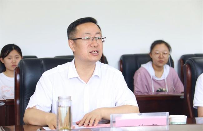 延安大学文学与新闻传播学院与中华网陕西签署校企合作协议