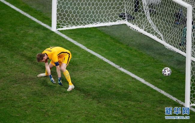 欧锦赛小组赛:比利时队晋级16强