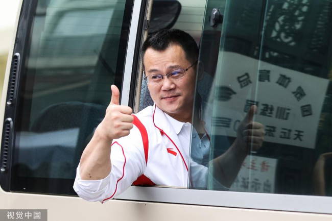 中国举重队出征2020东京奥运会