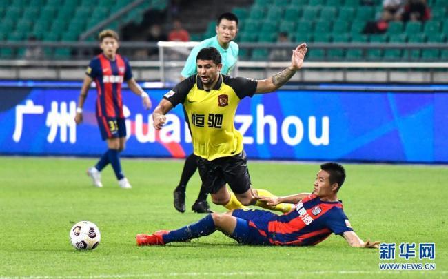 中超:广州队6比0胜青岛队