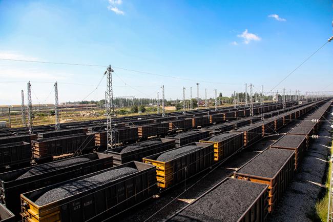 日均装车预超19500车 太原铁路全力保障发电供暖用煤运输