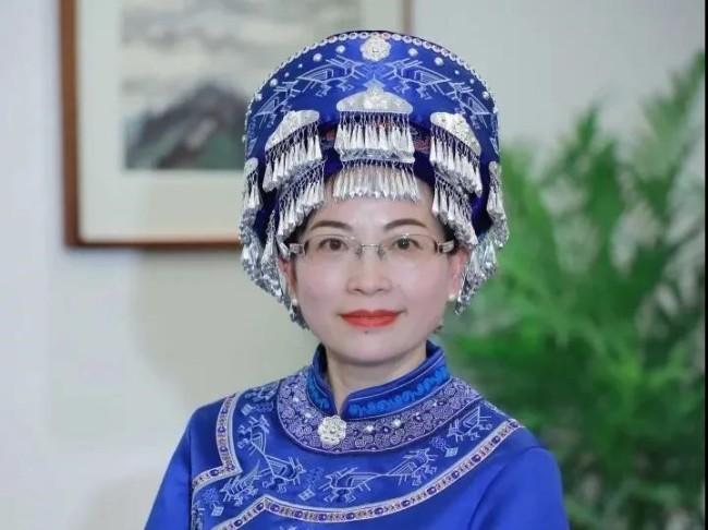 女代表女委员:建设美丽乡村、传承优秀文化