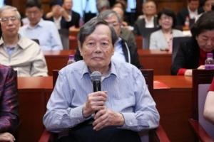 杨振宁百岁讲话:没有外国人参加中国原子弹制造