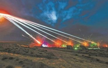 第77集团军某旅跨昼夜对抗演练