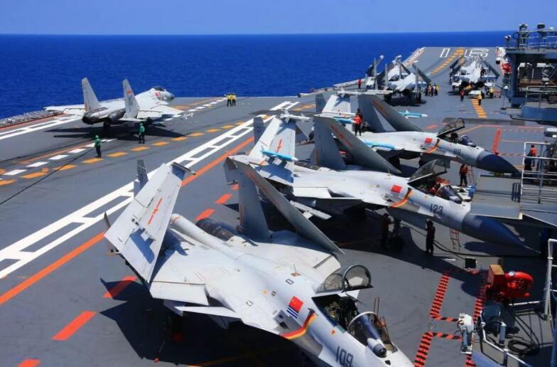 航母舰载机标准有多高 中国五代机能否逆袭
