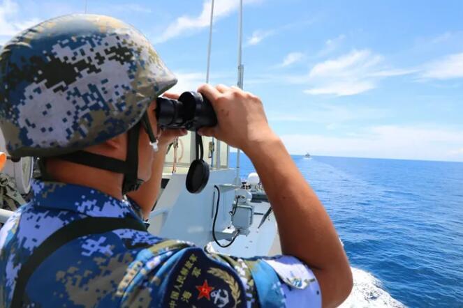 南海某海域,登陆战斗演练凌晨打响!