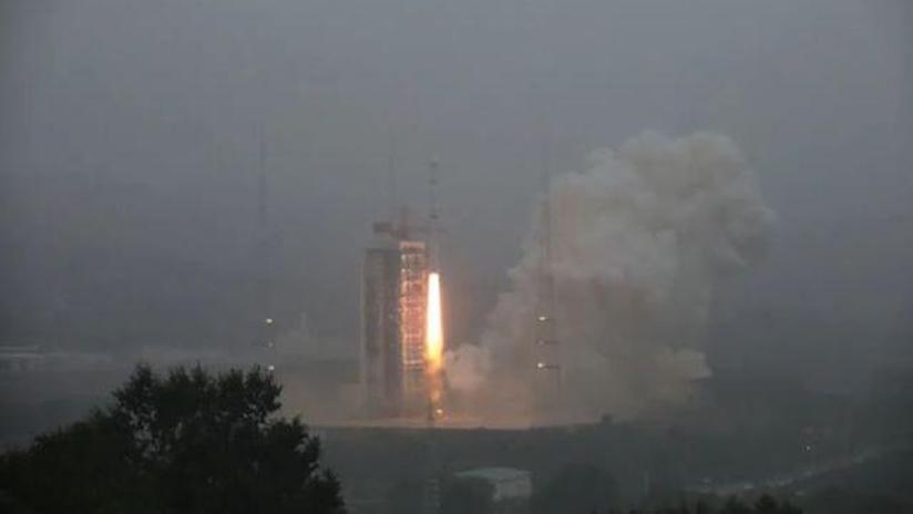 我国成功发射天绘二号02组卫星