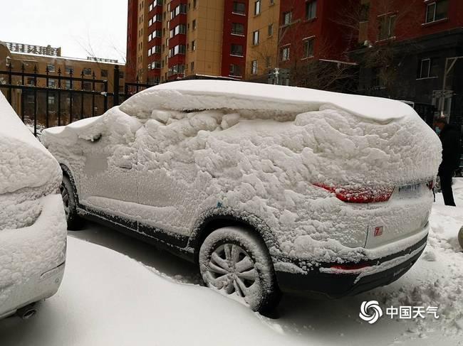 呼伦贝尔遭遇大暴雪
