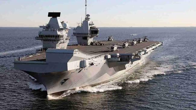英国航母进入南海 此前刚爆发新冠疫情100人感染